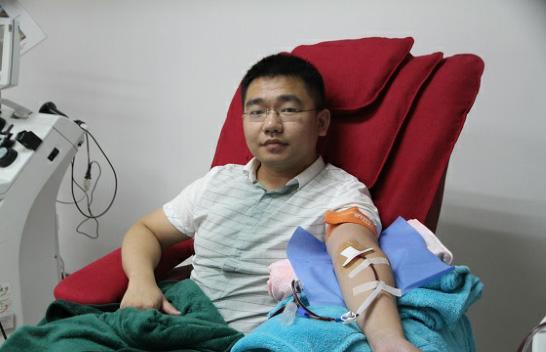 感恩献血者让我的家庭得以完整