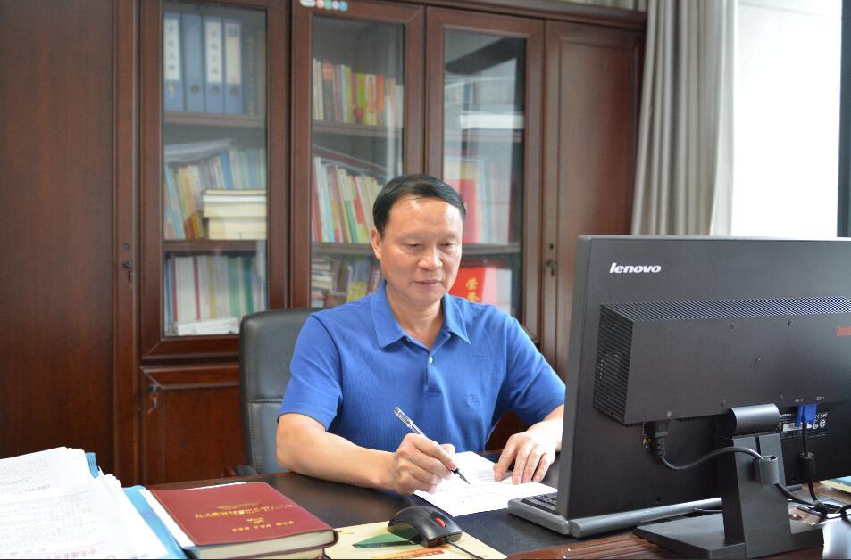 专访湖北省血液管理中心主任 喻学华