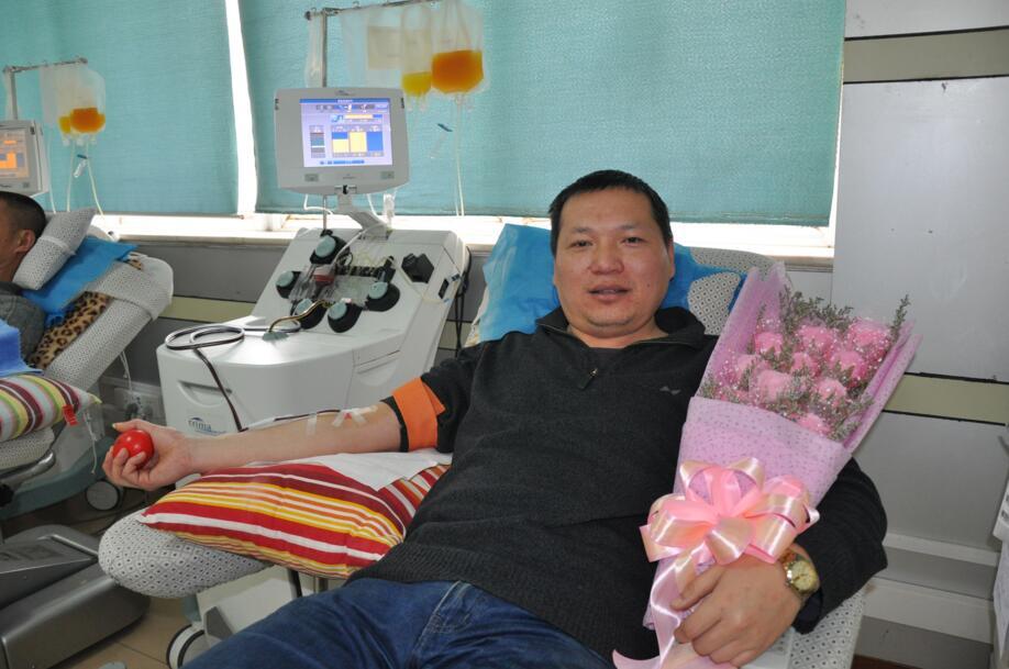 """20年近200次献血!九江""""献血明星""""庞刚为生命加油!"""