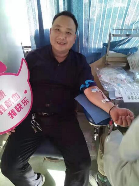 菏泽曹县苏集镇卫生院开展主题教育献血志愿活动