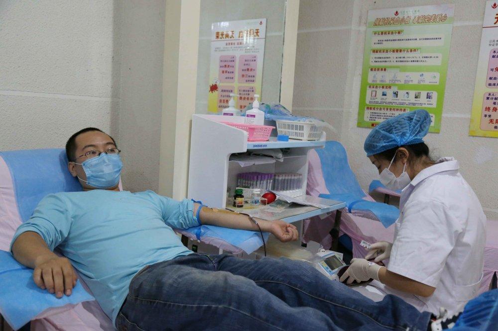宜宾市中心血站丨周磊在宜宾再次献血