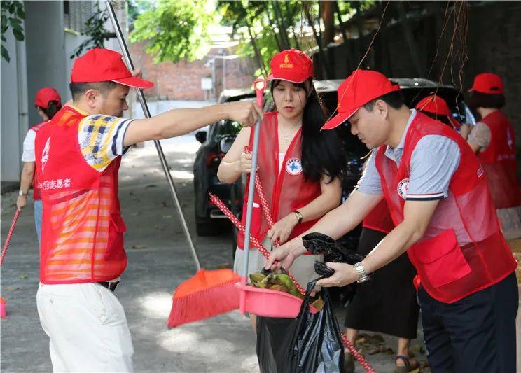 """省血液中心开展""""我为加快推进海南自由贸易港建设作贡献""""党员志愿服务活动"""
